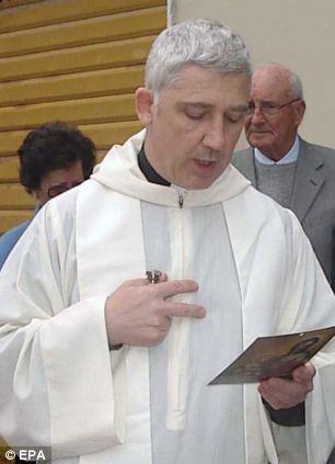 Father Piero Corsi of San Terenzo di Lerici, Italy (December 2012)